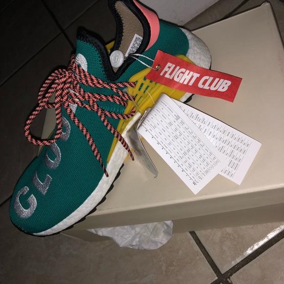 Adidas zapatos zapatillas de deporte poshmark raza humana